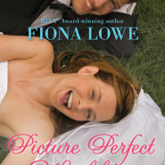 REVIEW: The Picture Perfect Wedding by Fiona Lowe