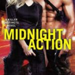 Spotlight & Giveaway: Midnight Action by Elle Kennedy