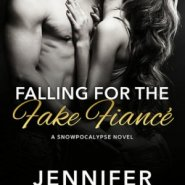 REVIEW: Falling for the Fake Fiance by Jennifer Blackwood