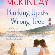 REVIEW: Barking Up the Wrong Tree by Jenn McKinlay
