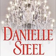 REVIEW: Past Perfect by Danielle Steel