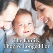 Spotlight & Giveaway: The Family They've Longed For by Robin Gianna
