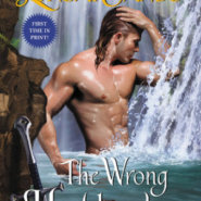 Spotlight & Giveaway: The Wrong Highlander by Lynsay Sands